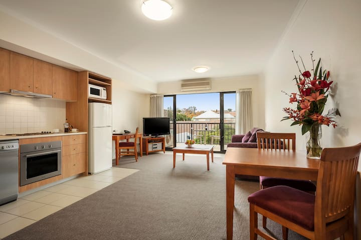 Fully Equipped 1BR Apartment near Box Hill - Mont Albert - Apartment-Hotel