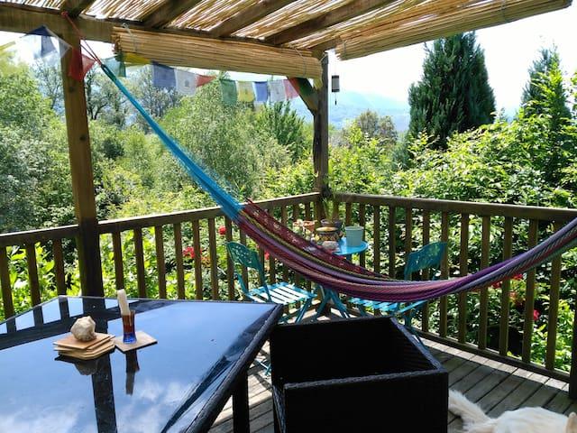 Chambre cosy avec vue sur les montagnes - Buzy - Hus