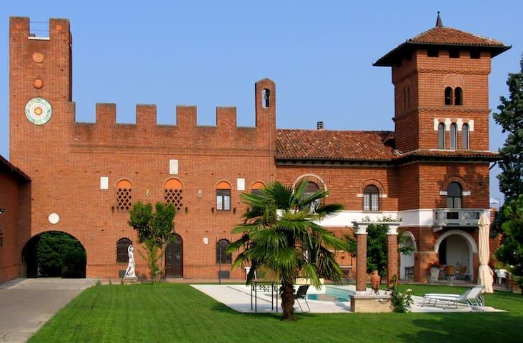 ASTI, TenutaMorgnano, B&B-Antignano (max 4 rooms) - Antignano d'Asti