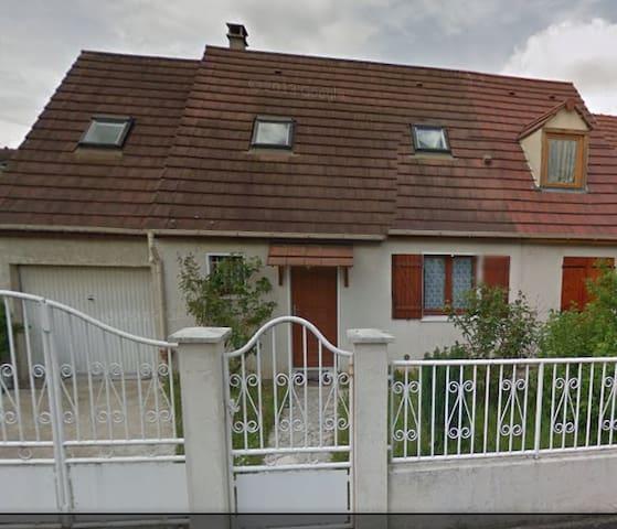 Maison proche de roissy et de Paris - Dammartin-en-Goële - Talo