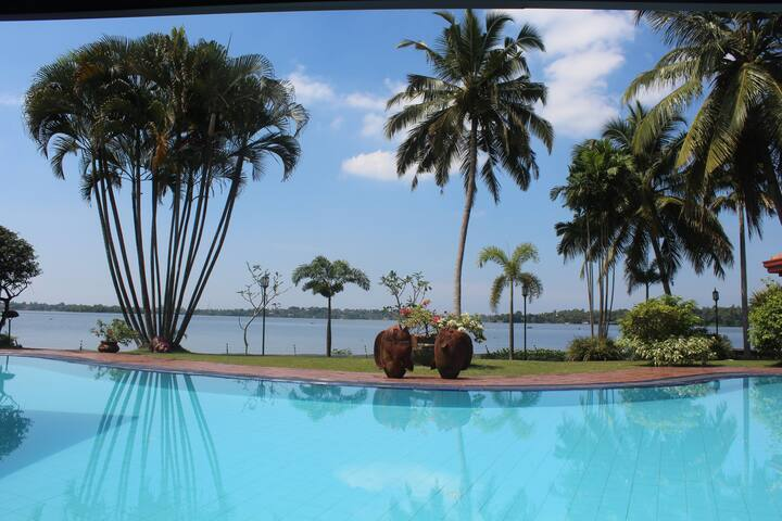 Luxury Lake View Villa - Colombo - Colombo - Villa
