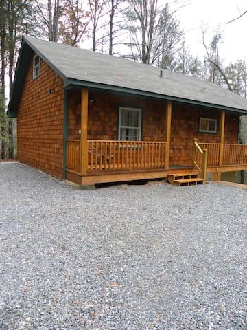 Hemlock Cabin - Clayton