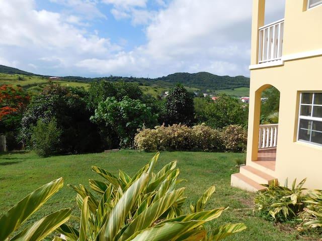 Valley View Single Bedroom Getaway - Basseterre - Departamento