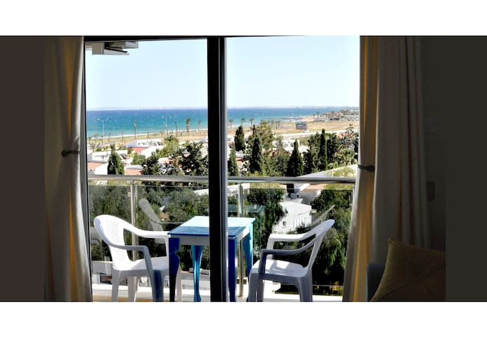 1 BEDROOM FLAT WITH SEAVIEW - Famagusta Bay, Long Beach - Wohnung