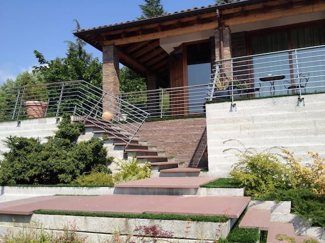 Villa d'Autore_ Alba, Piedmont - Alba - 別荘