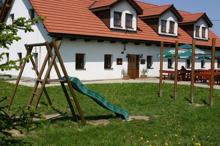 Comfortable accommodation - No. 3 - Fryčovice - Casa