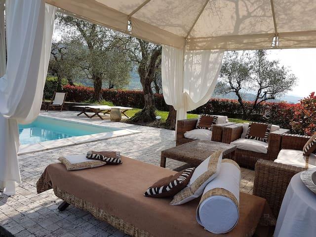 villa whit pool  - La spezia - Villa