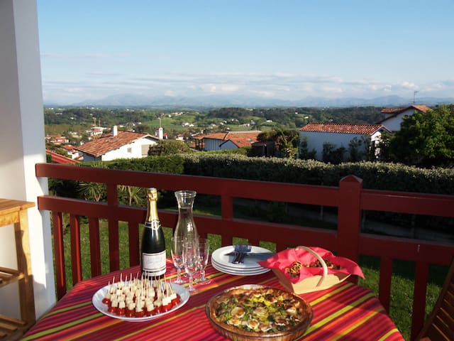 Panoramic view close to the beach - Bidart - Leilighet
