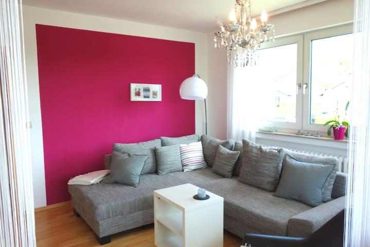 Moderne und gemütliche Ferienwohnung - Bad Bocklet - Appartement