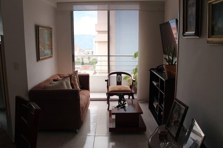 Apartamento cómodo y limpio - Bucaramanga - Leilighet