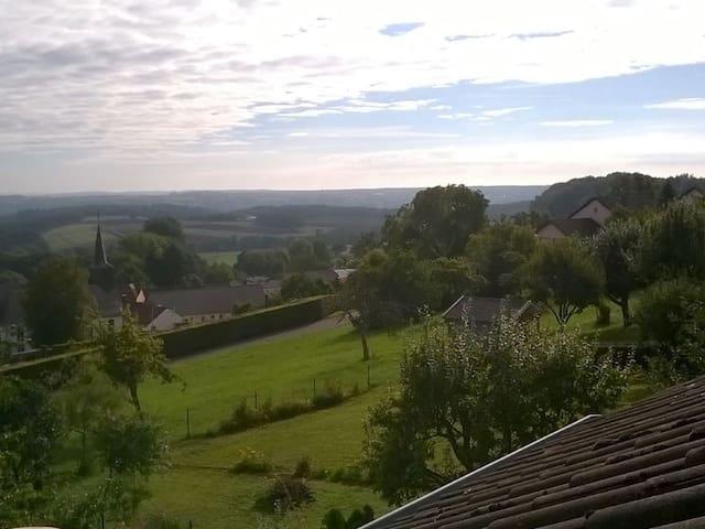Ferienwohung Karina, Südeifel, Bitburg-Röhl - Röhl - Departamento