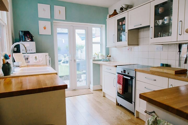 Beautiful Bright Victorian Home - Ulverston - Huis