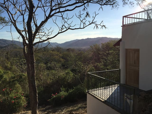 Awesome jungle views at sunny Sonricita! - Playa Pelada - Appartement