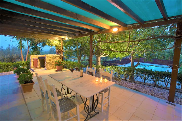 Charming sea view villa with pool & olive grove - Maroulas - Villa