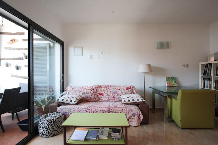 Lovely room near the beach - Cunit - Departamento