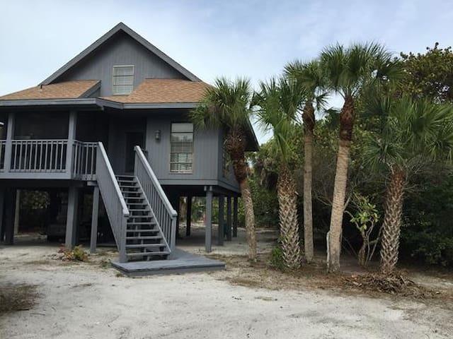 A True Island Getaway - Captiva - Huis