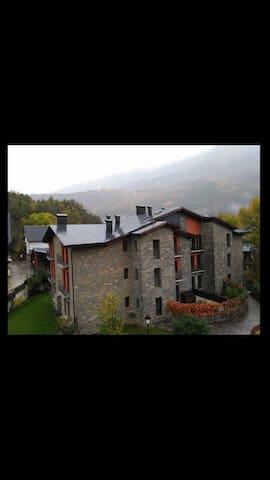 Apartamento en el Pirineo. - Villanova - Daire
