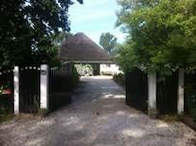 Landelijk vakantiehuis met zwembad! - Schoorl
