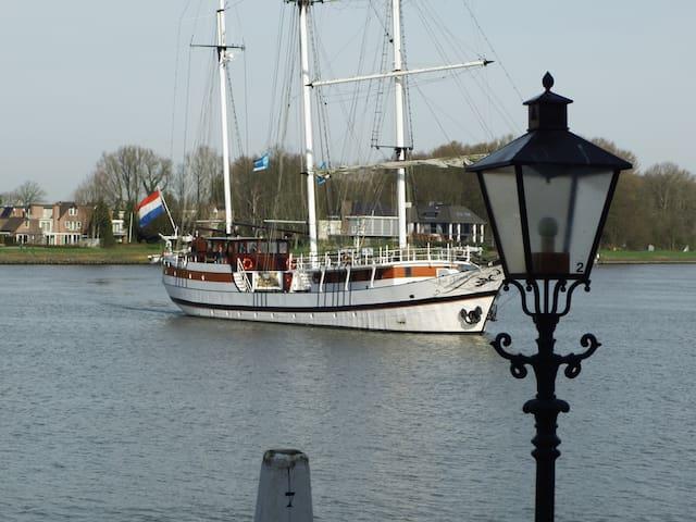 All Exclusive Riverview Apartment (Family: 1-5 p.) - Dordrecht - Apartamento