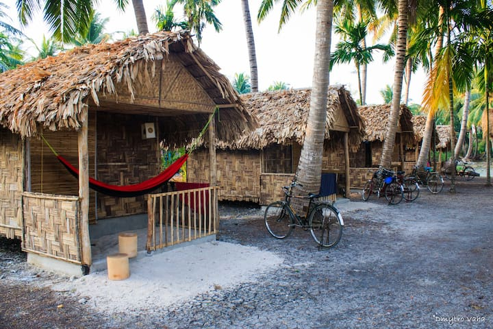 Eco Huts in Elephant Resort, Neil island, beach 3 - Srub