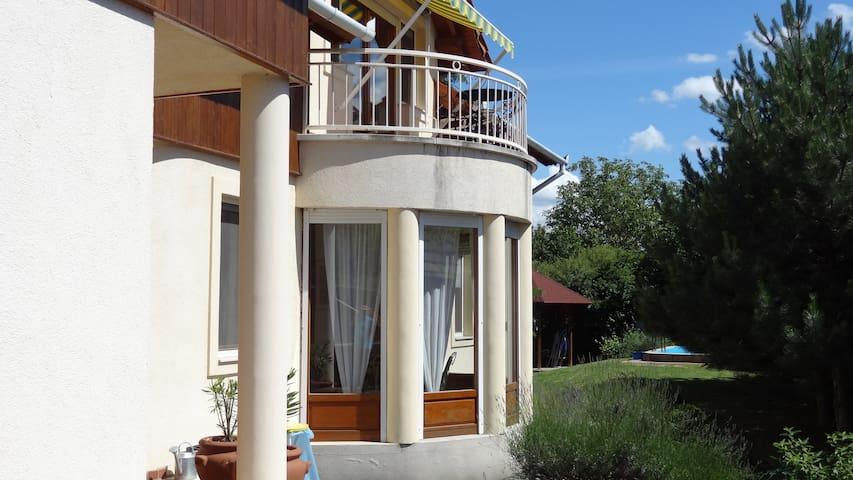 Sunny Marcell apartment at Balaton - Balatonlelle - Apartamento