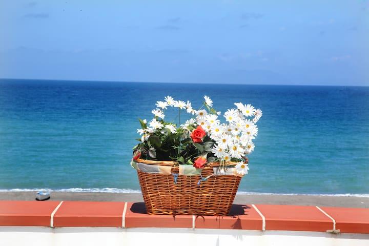 """Patrizia's  Sweet Home"" - Terme Vigliatore - Leilighet"