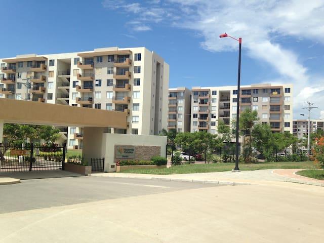Spectacular Apartment Hacienda Peñalisa Bambú !! - Girardot - Apartament