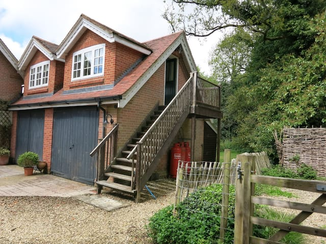 Converted Coach House - Apartment - Alderbury - Loft