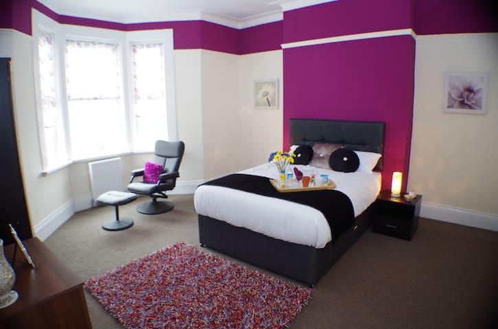 Spacious 3 bedroom modern flat - Newcastle upon Tyne - Lägenhet