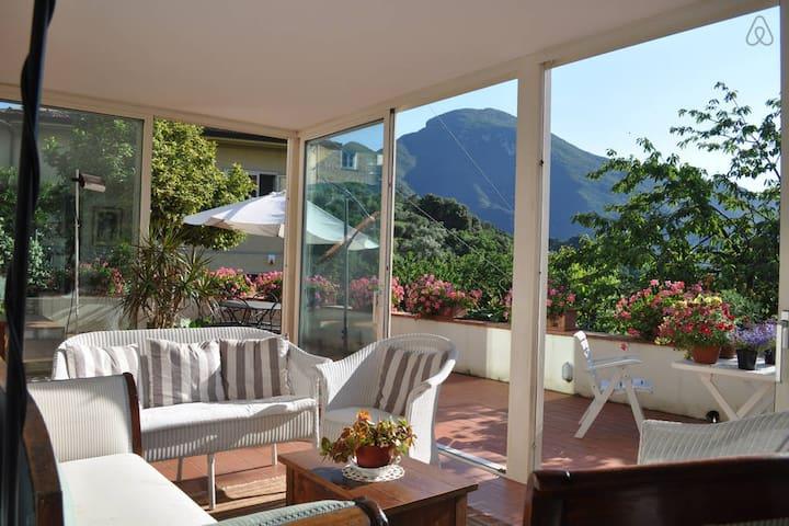 Panoramic villa in Versilia - Santa Lucia - Huvila