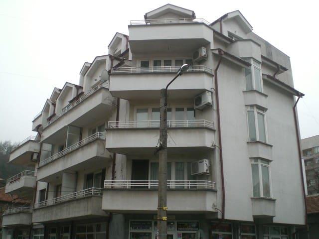 quiet apartment in the center - Haskovo