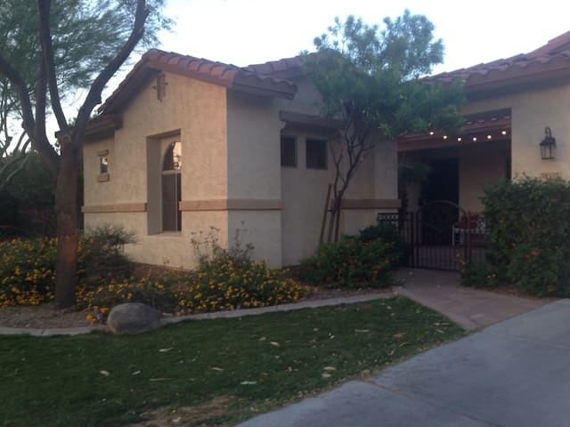 Detached, Private, Safe, Cozy & Clean Guesthouse - Chandler - Wohnung