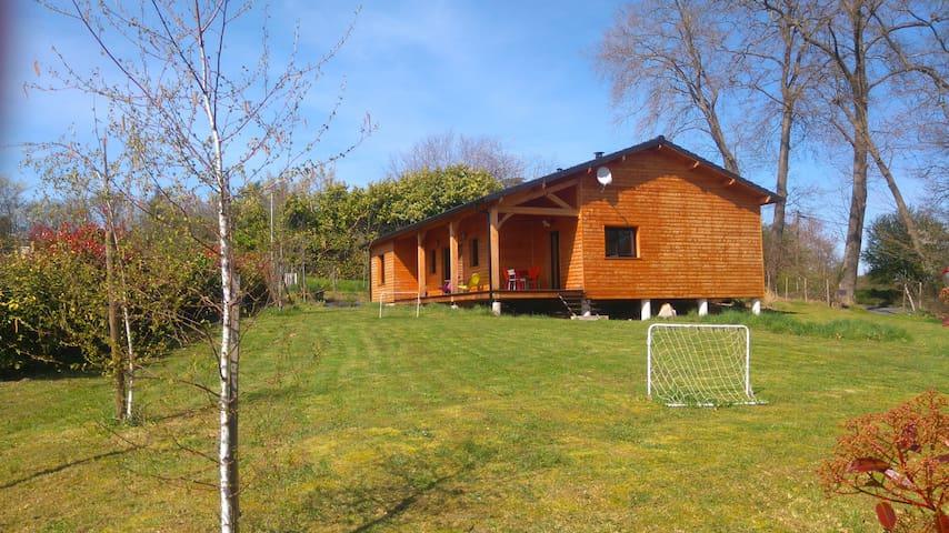 Dordogne, maison en bois, calme, proche Périgueux - Trélissac - Hus