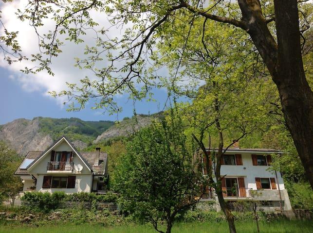 House with garden near the woods. - Valdieri - Casa