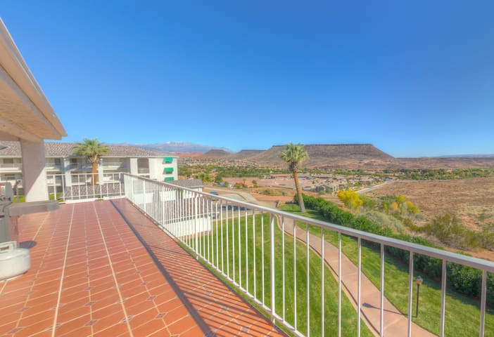Views for Days from Luxury Condo! Last min=$100 - St. George - Departamento