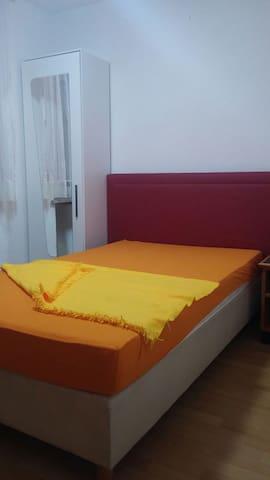 MER-AB-MAL WG Zimmer Nr3 von privat - Laupheim - Huis