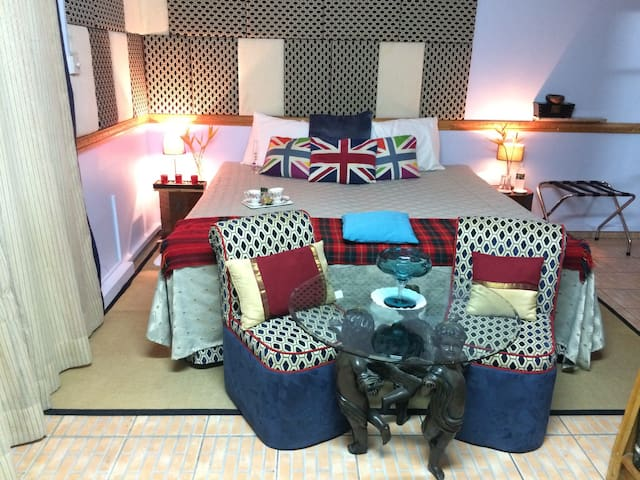 Cool Running Apartments GM Home - True Blue - Lejlighed