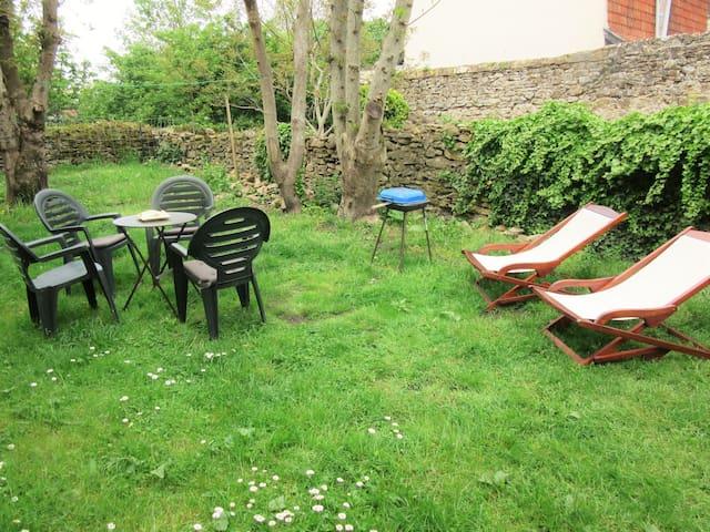 ptite maison jardin ,plage &campagne 2 km Wimereux - Wimille - Casa