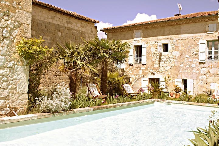 Lovely house with splendid view - Castéra-Lectourois - Haus