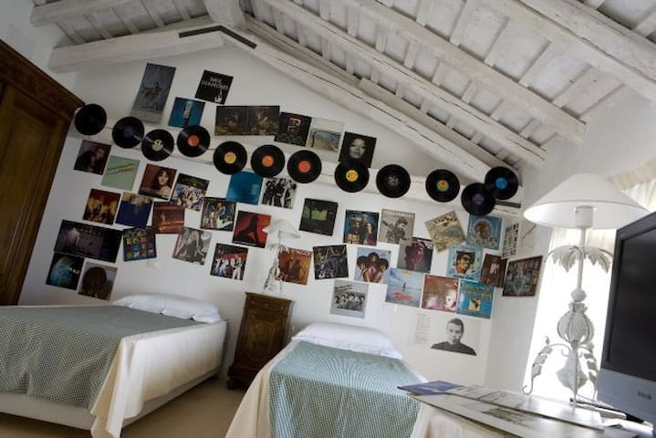 Stanza della musica - Morsano al Tagliamento  - Bed & Breakfast