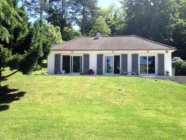 Belle maison de campagne, 1 h Paris, 8 mn de Dreux - Cherisy - Casa