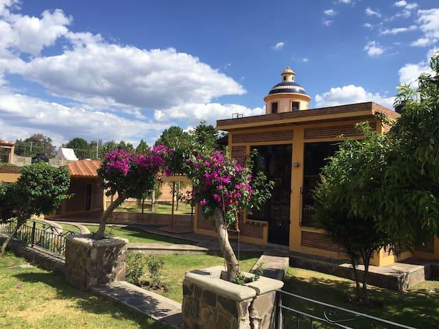 CASA DE CAMPO , DESCANSO A SOLO 15 MIN DE GDL - Huertas del Zamorano - Casa