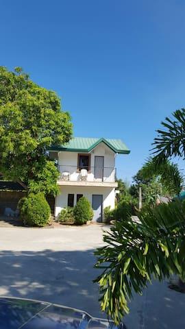 Doña Josefa Aquino Beac Resorts Apartment - Alaminos City Pangasinan - Casa