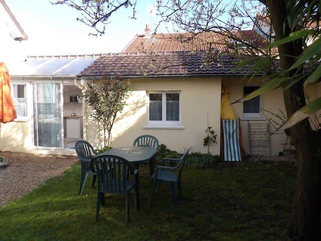 maison calme 20 mn paris - Conflans-Sainte-Honorine - Hus