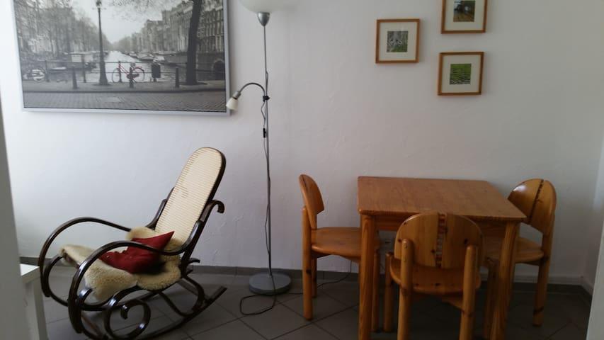 Ferienwohnung mit Küche u. Bad - Königswinter - Daire