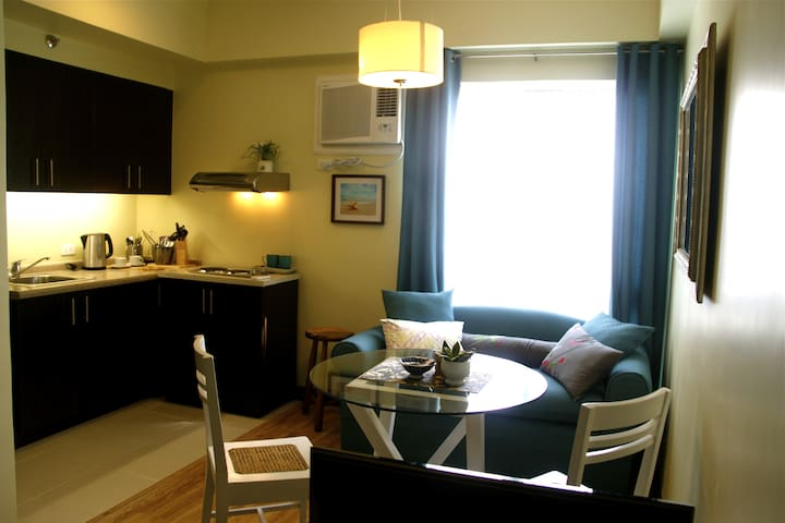 Furnished Studio Apt in the South - Muntinlupa City - Daire
