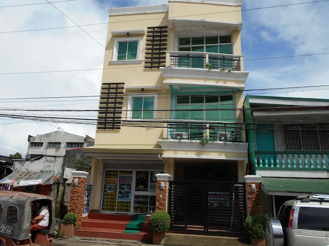 Siargao Island visit can stay at DAISUKE SUITES - Surigao City - Lakás