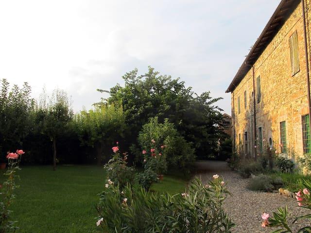 La vostra casa nel verde piacentino - Carpaneto Piacentino