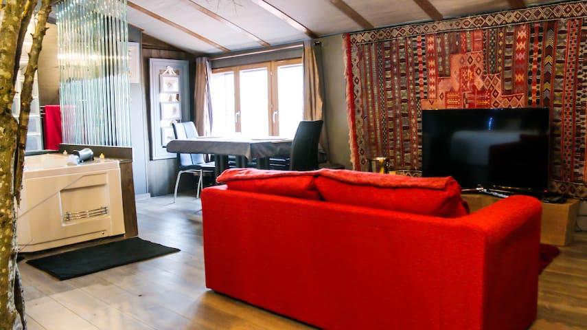 Loft romantique avec jacuzzi privatif - Rontalon