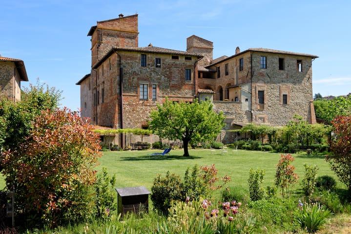 APPARTAMENTO IN ABBAZIA a Perugia - Piegaro - Castillo